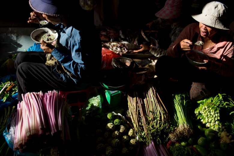 david-hagerman-siem-reap-marketladies